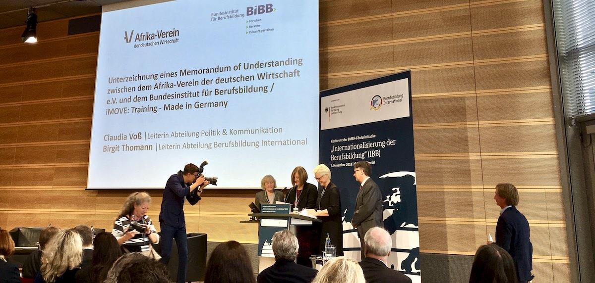 Memorandum Deutscher Wirtschaftsverein Afrika mit iMOVE und BIBB